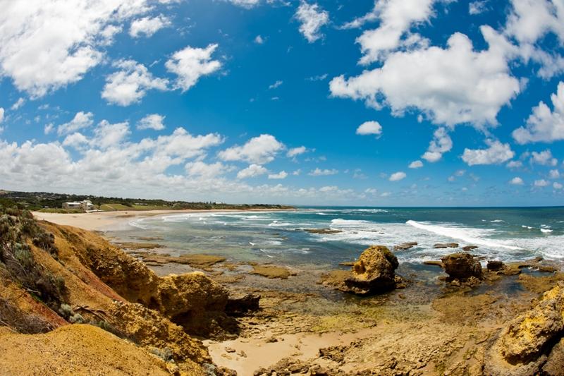 The Great Ocean Walk takes in 100 kilometres of unrivalled scenery.